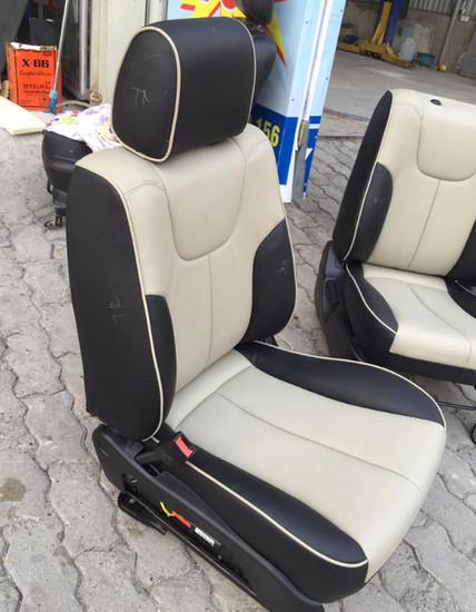 May Bọc Ghế Da Xe Ford Ecosport
